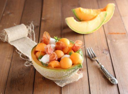 Melone e prosciutto con rucola e mozzarelline