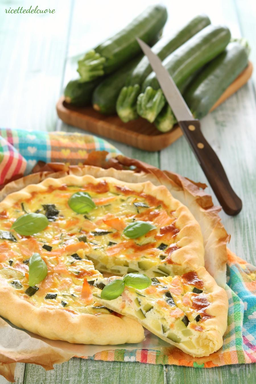 Ricetta Quiche Salmone E Zucchine.Quiche Zucchine Stracchino E Salmone