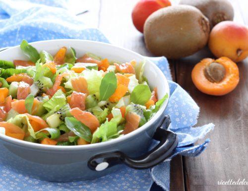Insalata fruit and fish