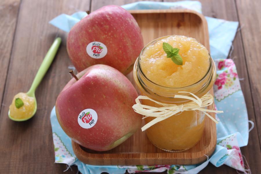 Composta di mele allo zenzero