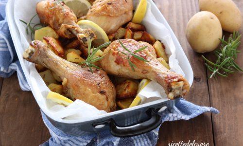 Pollo con patate arrosto