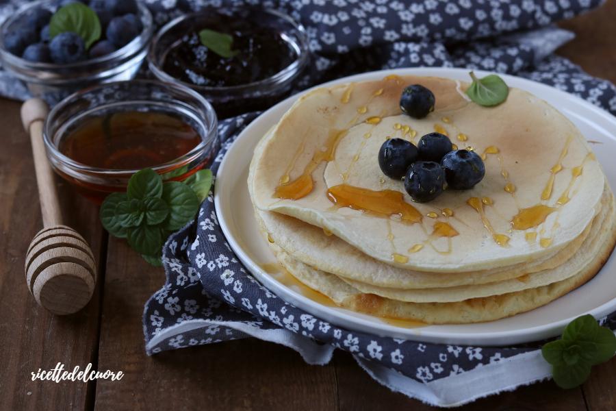 Pancake proteici con albumi senza proteine aggiunte