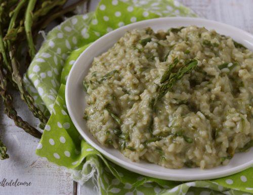Risotto cremoso asparagi e salsiccia