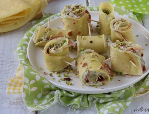 Rotolini di crêpes al pistacchio