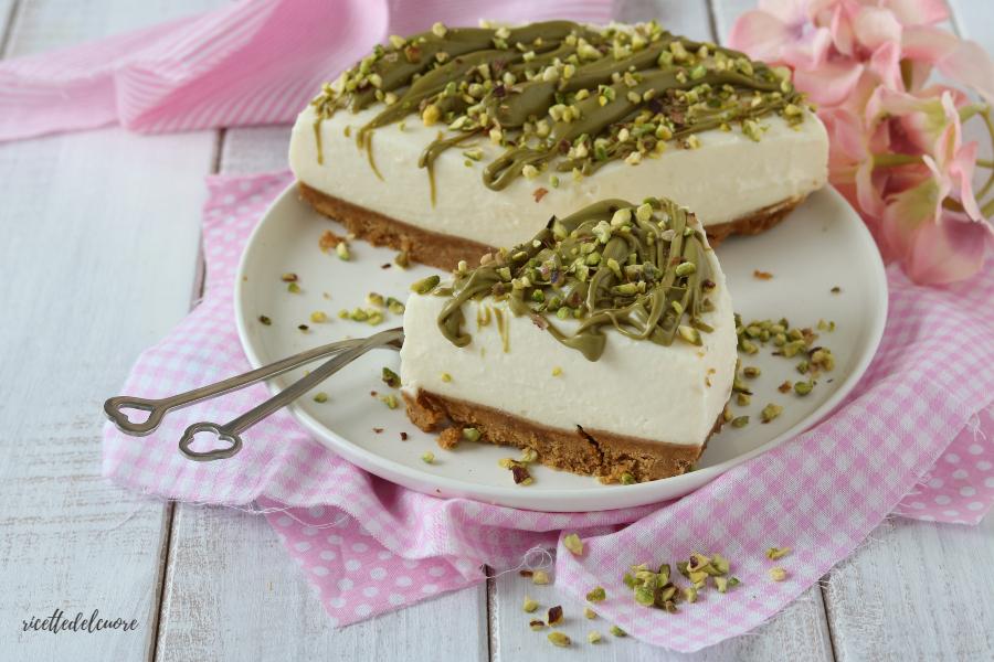 Cheesecake al pistacchio ricetta senza cottura