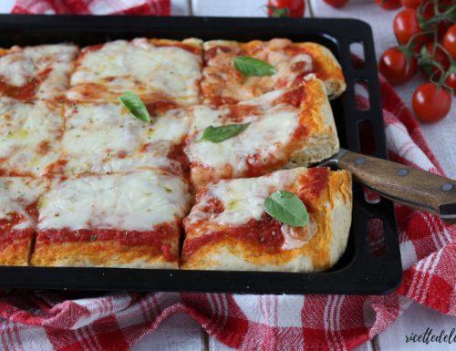 Pizza furba con lievito istantaneo