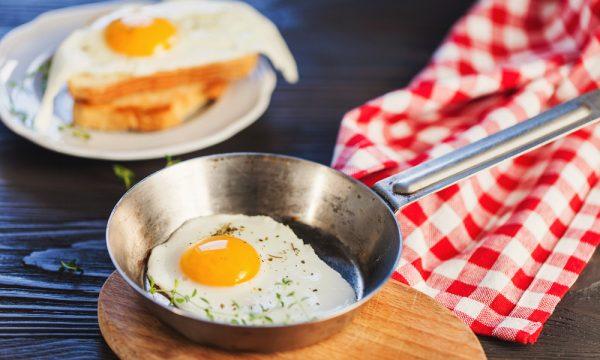 Uovo occhio di bue, ricetta e tempo di cottura