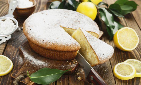 Torta al limone soffice , ricetta facile e veloce
