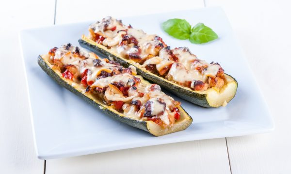 Zucchine ripiene al forno, ricetta facile e saporita