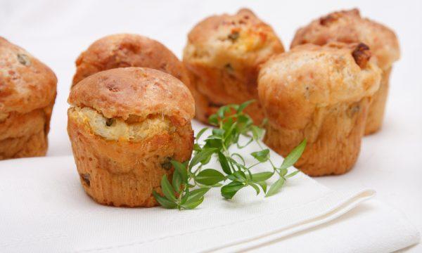 Muffin salati, la ricetta base facile e veloce