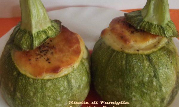 Zucchine Ricotta e Pecorino con Salsa di Pomodoro Delicata