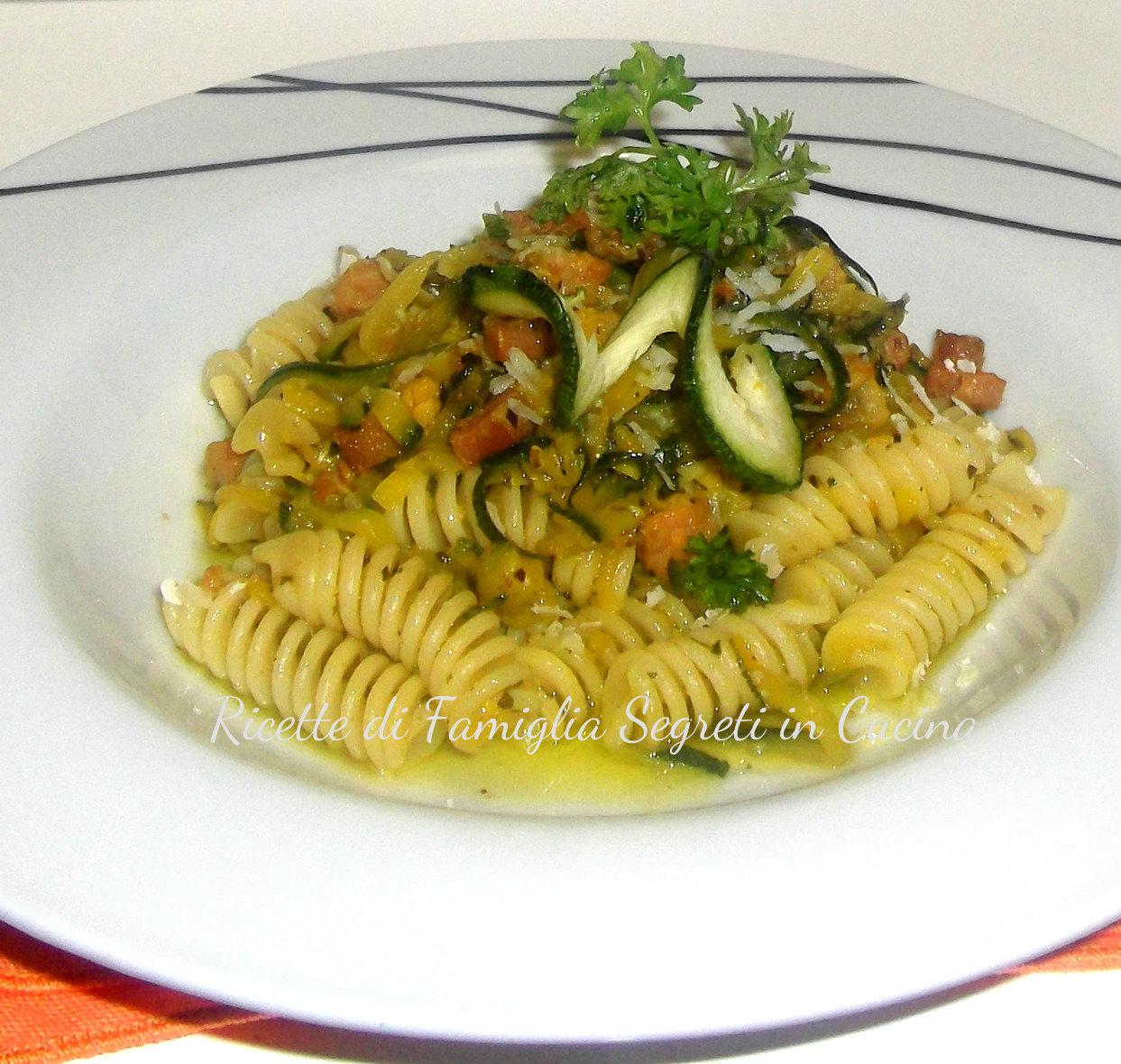 Pasta Zucchine Pancetta Zafferano