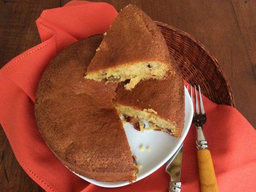 Torta uvetta,  mirtilli rossi e ciliegie candite
