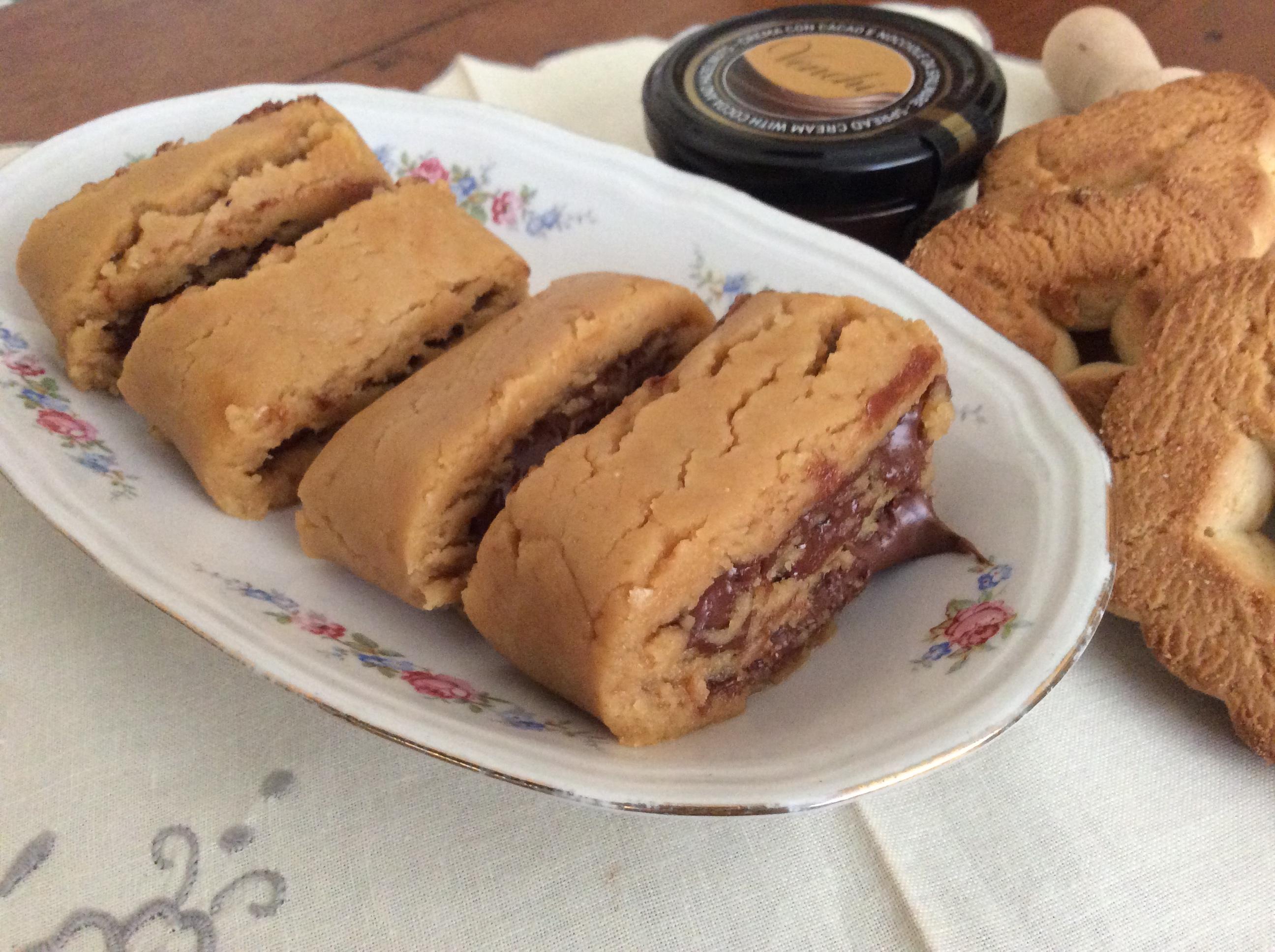 Rotolo freddo di biscotti e Nutella