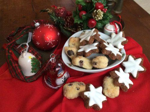 Biscotti di Natale (Zimtsterne e piccoli Stollen)