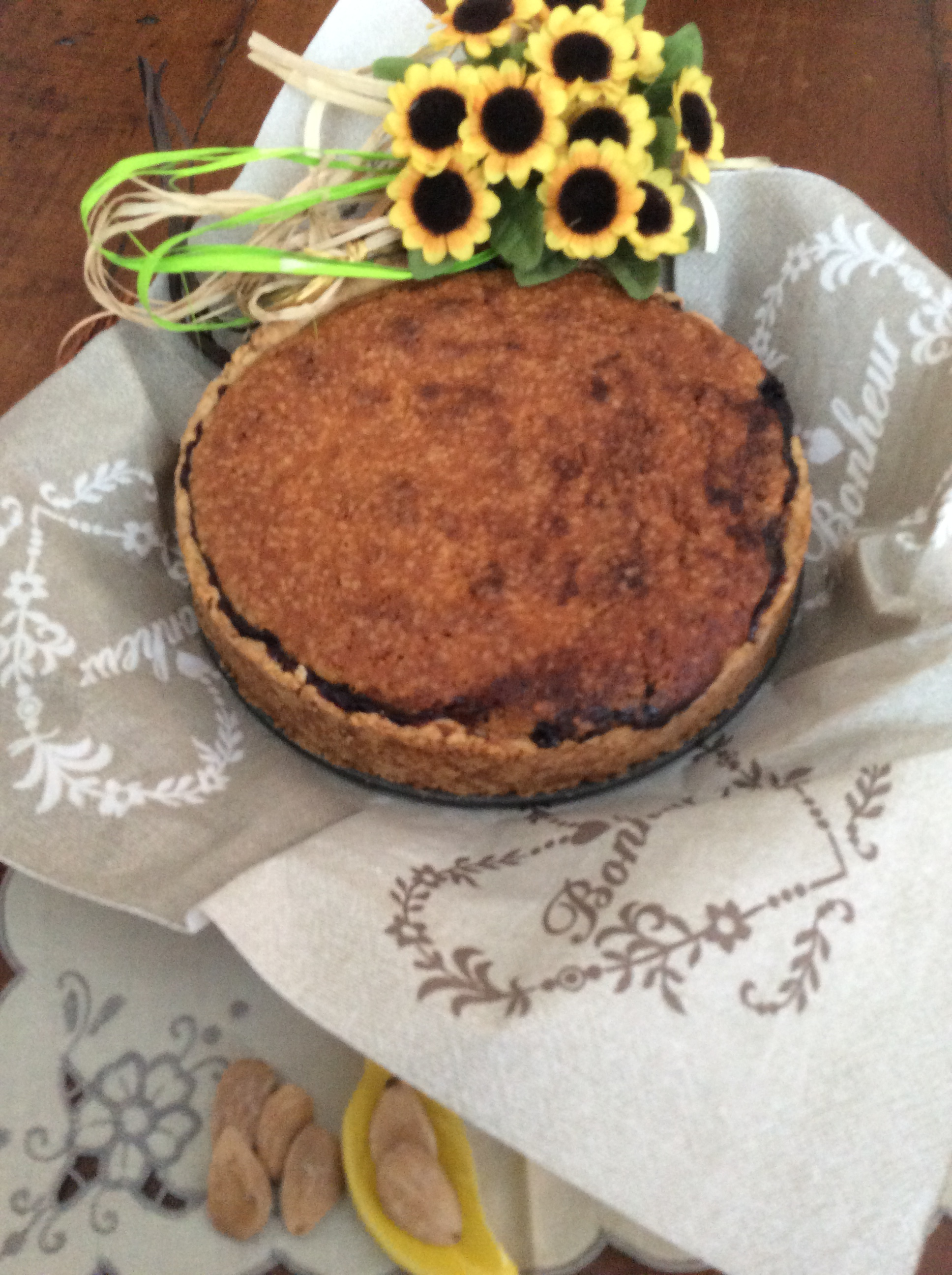 torta frangipane e gelsi neri