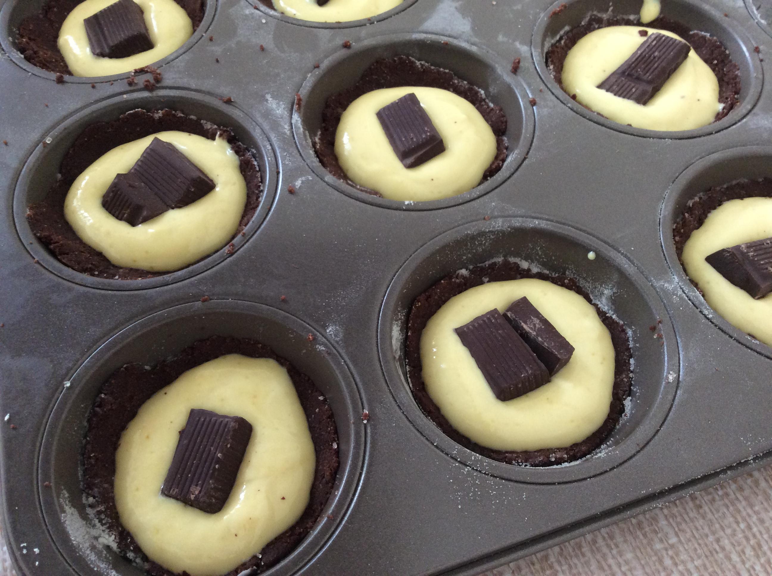 tortine con crema e cioccolato fondente