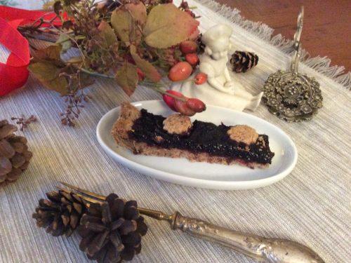 Crostata grano saraceno con gocce di cioccolato e mirtilli selvatici