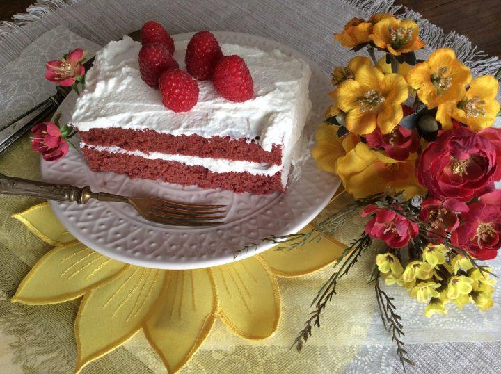 fettina di starti di red velvet cake