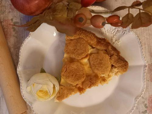 Frolla al cocco con crema di ricotta e mele