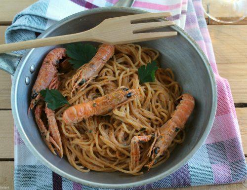 Spaghetti con crema di scampi