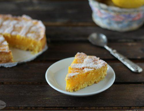 Crostata con frolla al cocco e crema al limone
