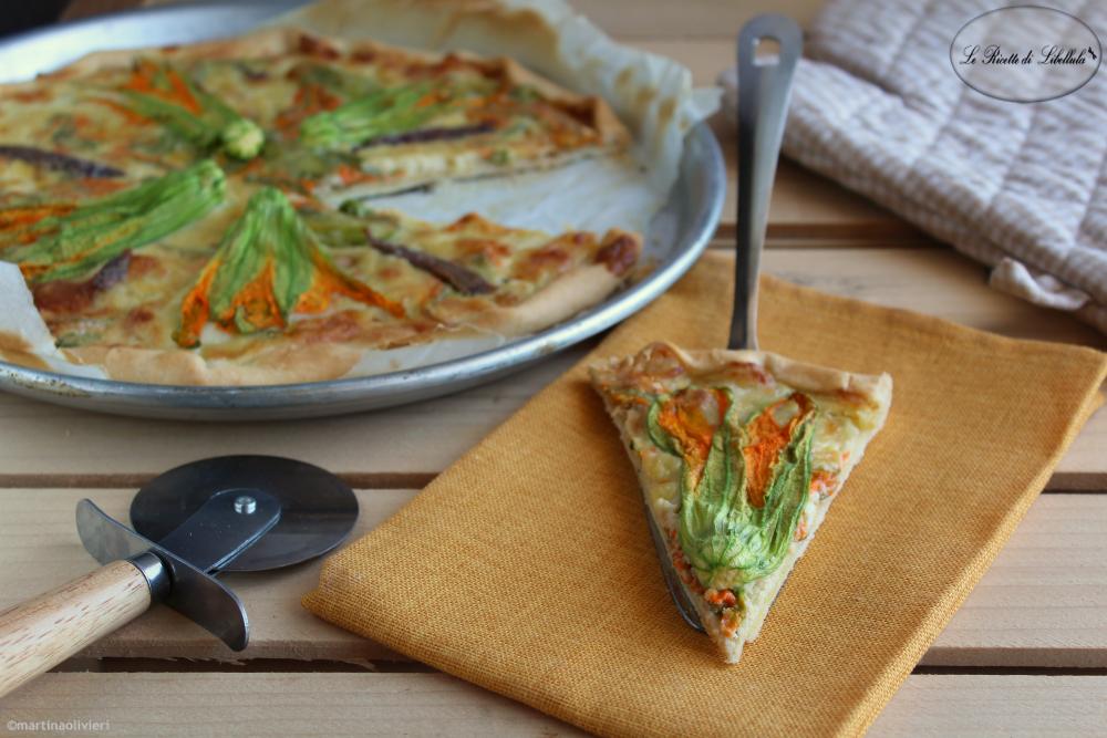 Torta salata con fiori di zucchina e acciughe