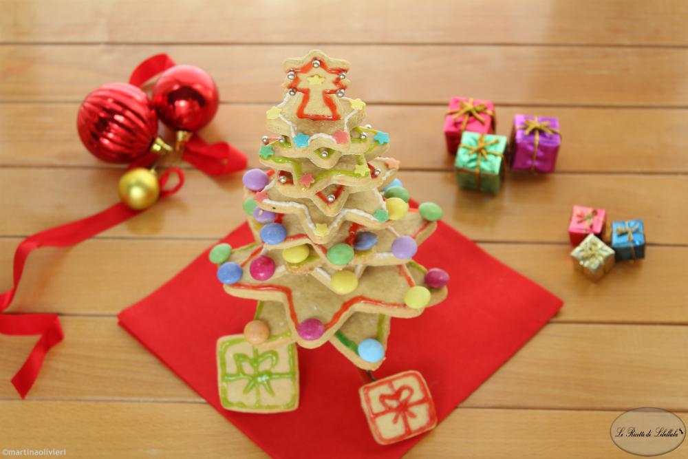 Albero Di Natale Di Biscotti.Albero Di Natale Di Biscotti