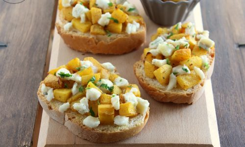 Crostini zucca e gorgonzola