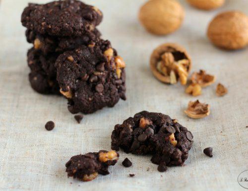 Biscotti al cioccolato e noci – Ricetta vegana