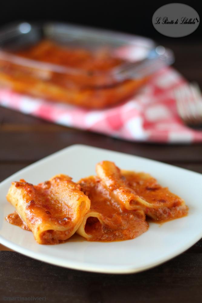 Paccheri al forno con ragù e besciamella