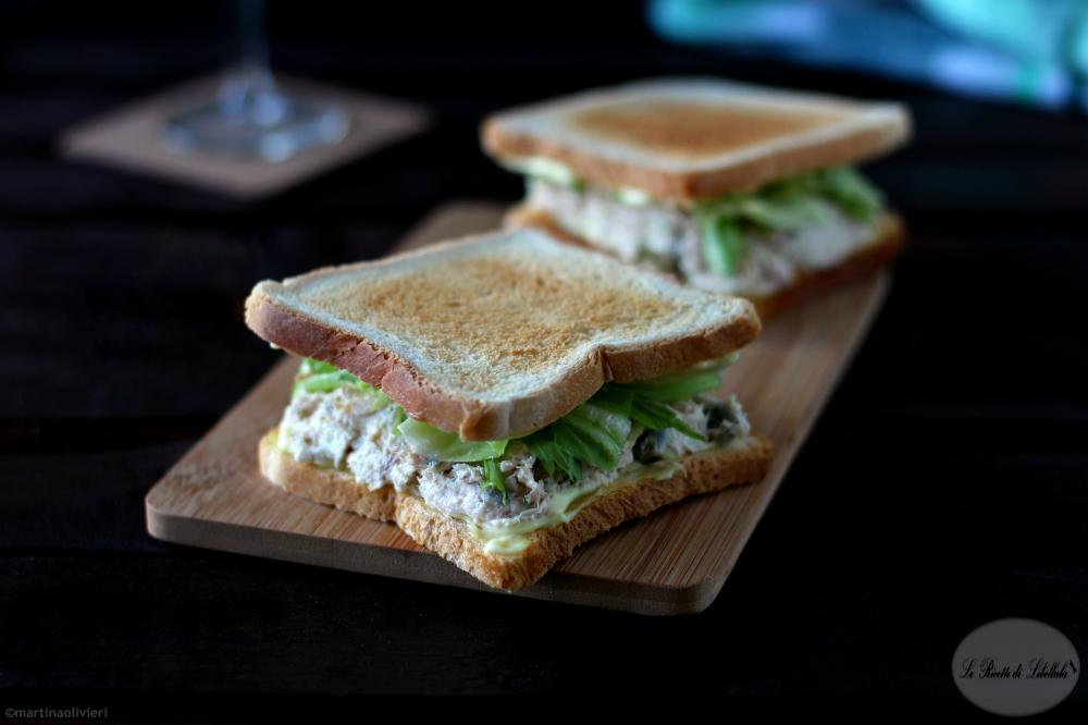 Sandwich al tonno