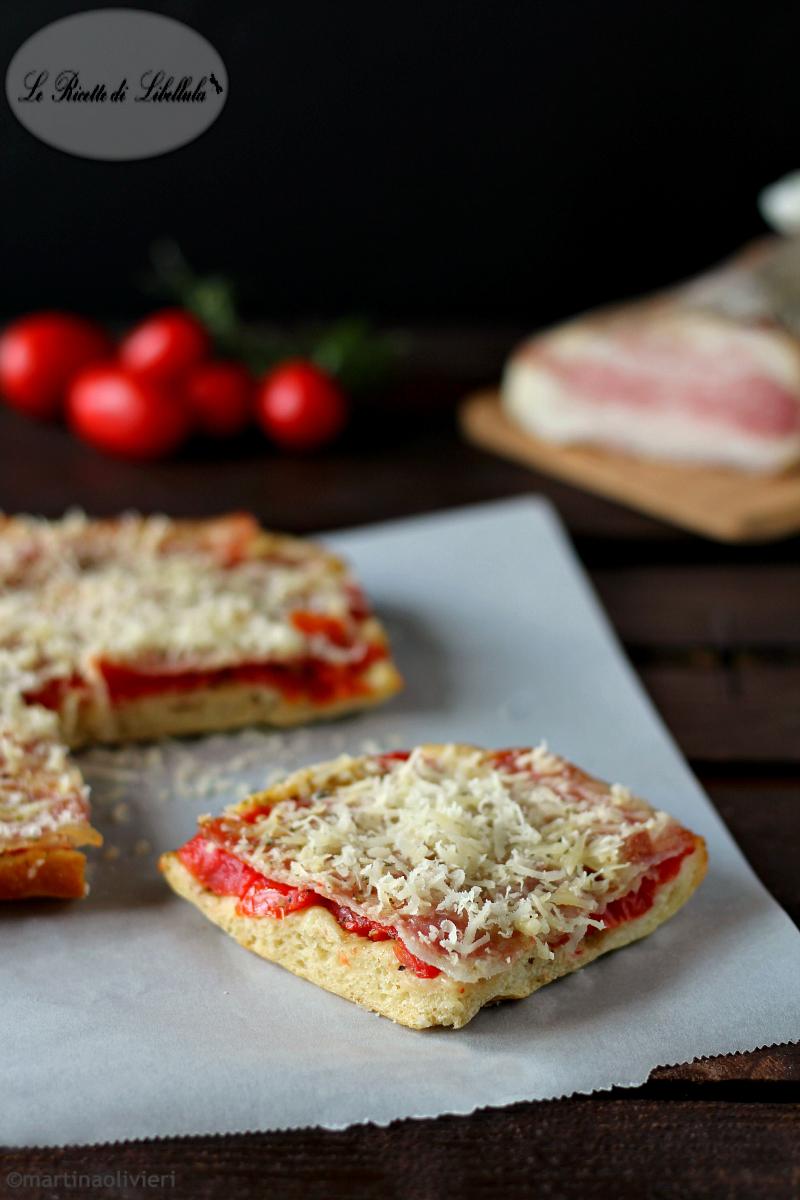 Pizza all'amatriciana