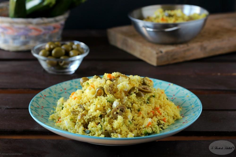 Cous cous con zucchine, olive e feta