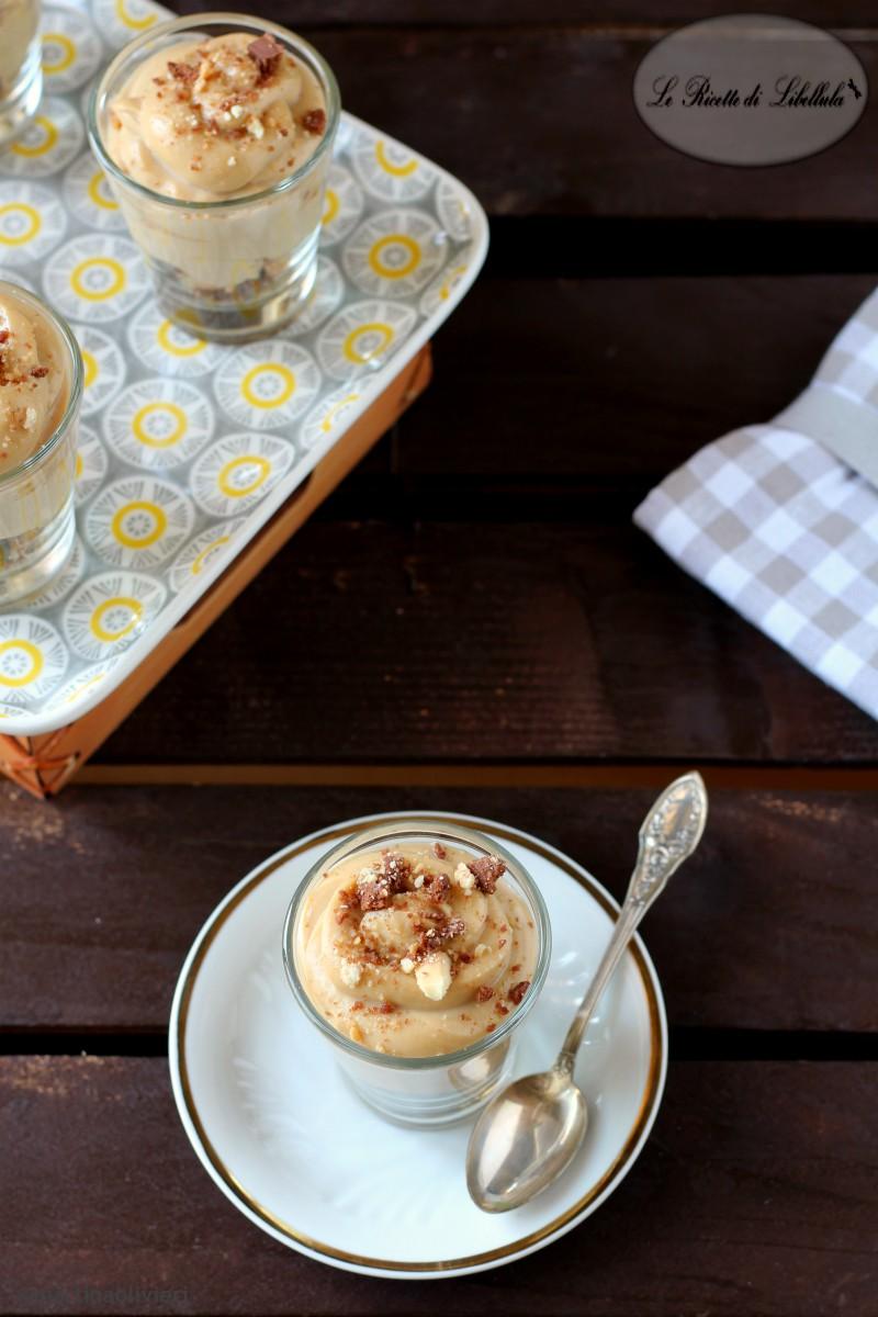 Coppa con crema al mascarpone e caffè