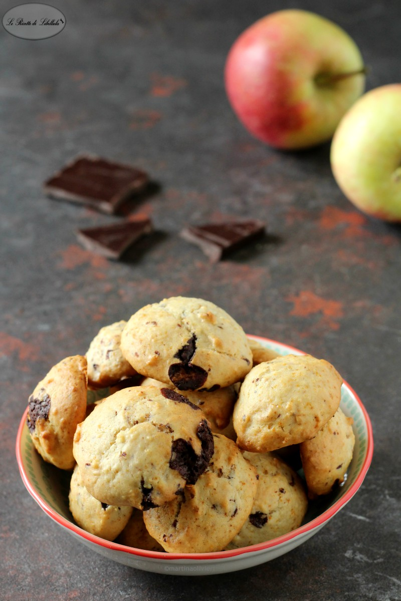 Cookies alla mela e cioccolato
