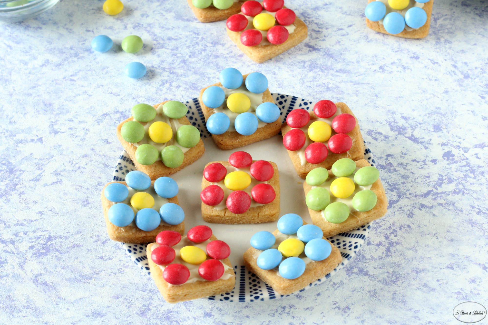 Flowers cookies - Biscotti con confetti colorati