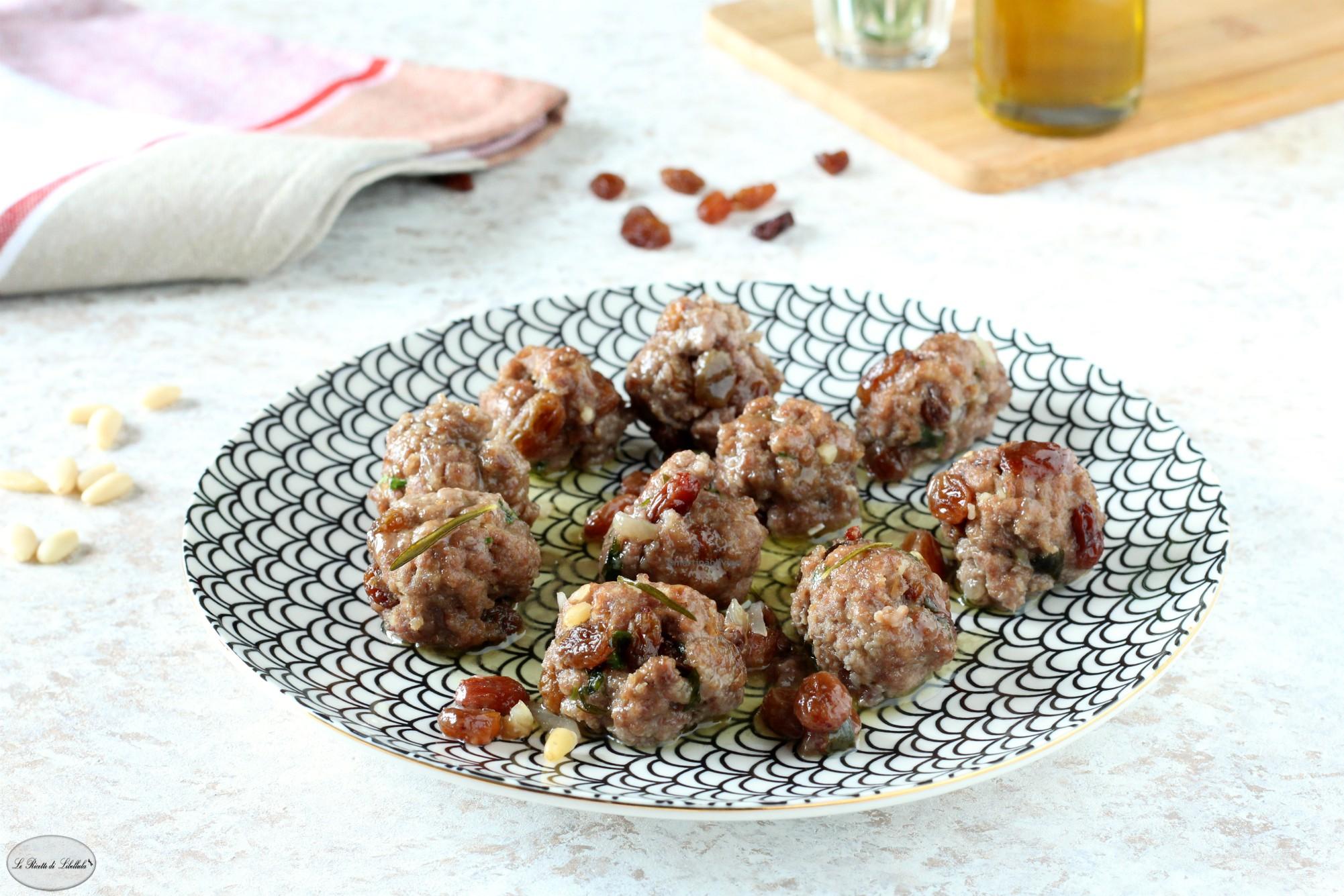 Polpette di carne con uvetta e pinoli