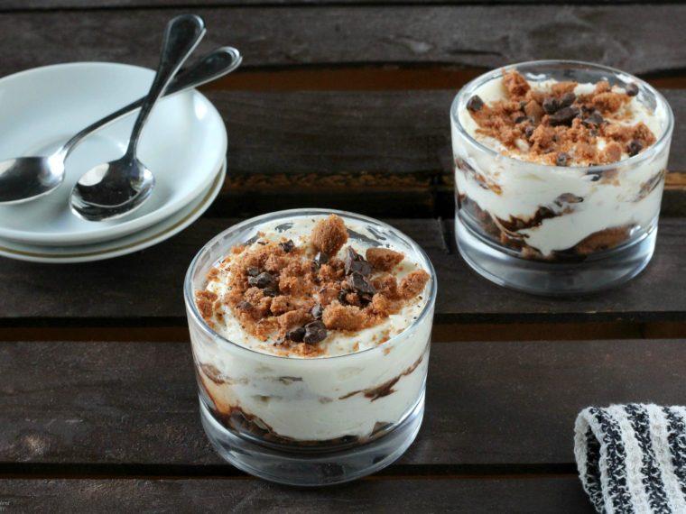 Crema al mascarpone e yogurt con cioccolato