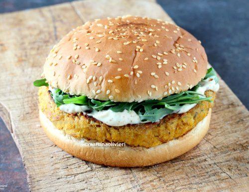 Burger di tonno con maionese alla paprika