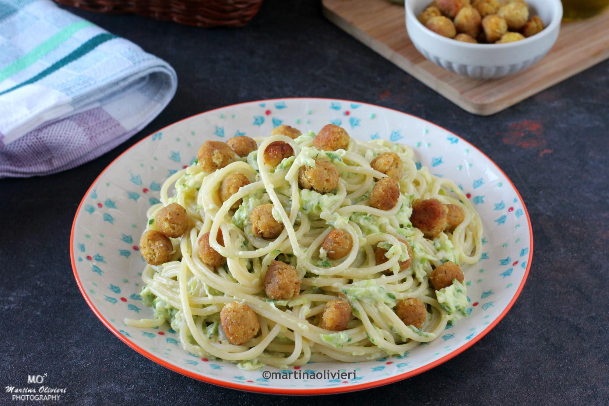 Pasta con zucchine e polpettine di tonno