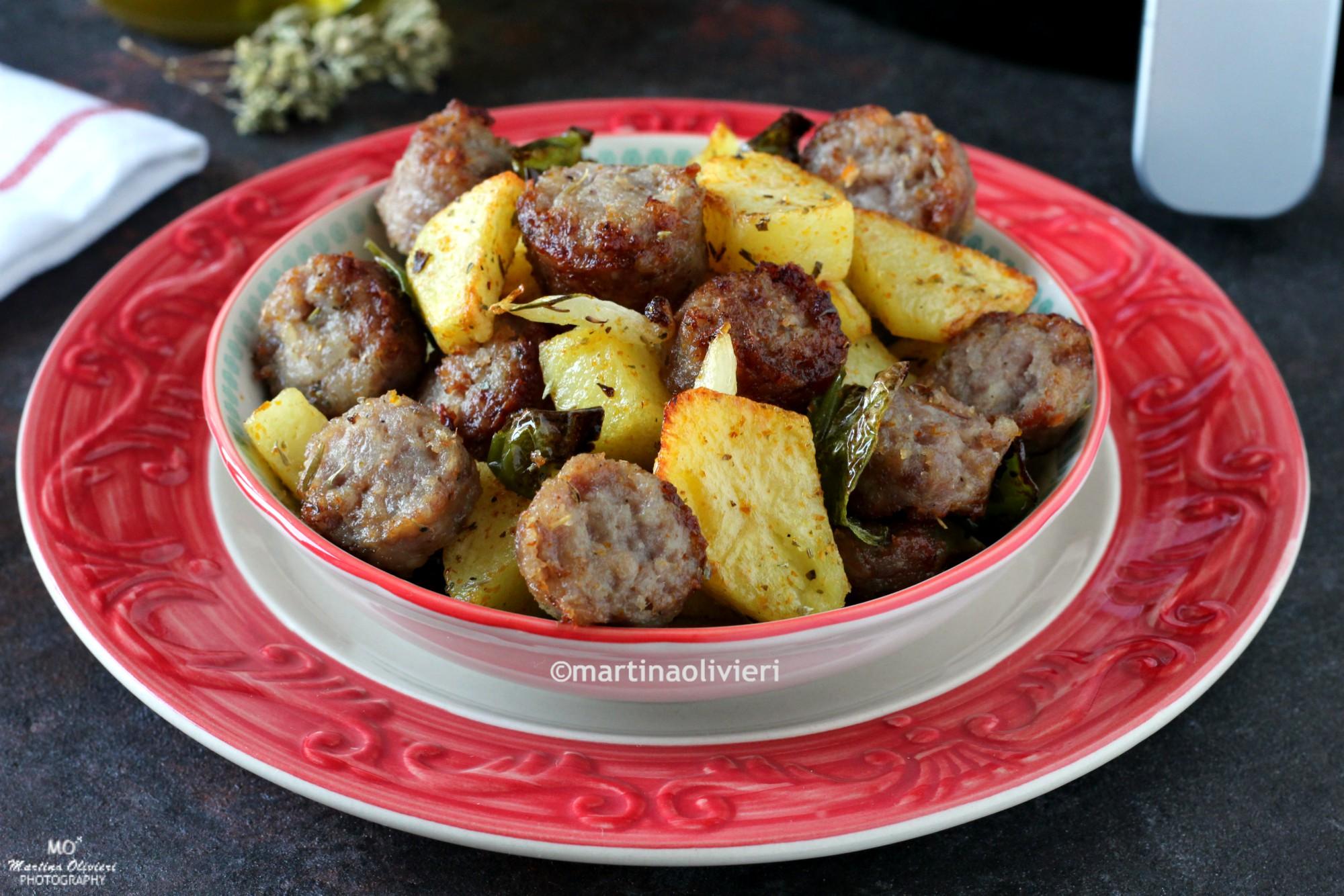 Salsicce e patate con friggitelli