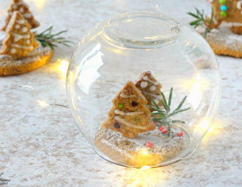 Palla di neve con gingerbread (pan di zenzero)