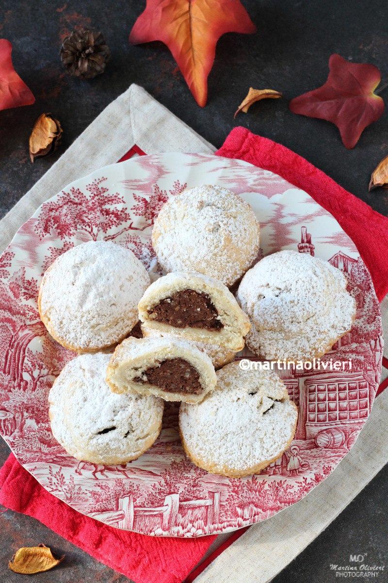 Biscotti ripieni di castagne