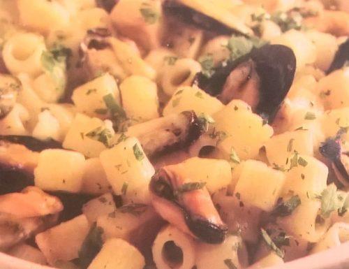 Pasta con cozze e patate