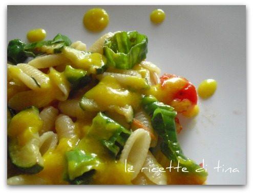 Gnocchetti sardi con verdure e crema allo zafferano