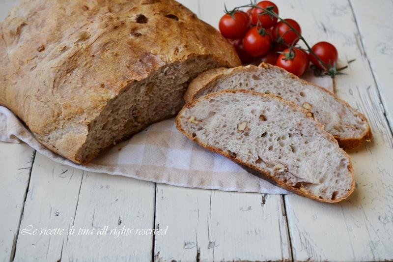 pane con le noci,pane senza impasto,pane semplice,pane fatto in casa facile,le ricette di tina