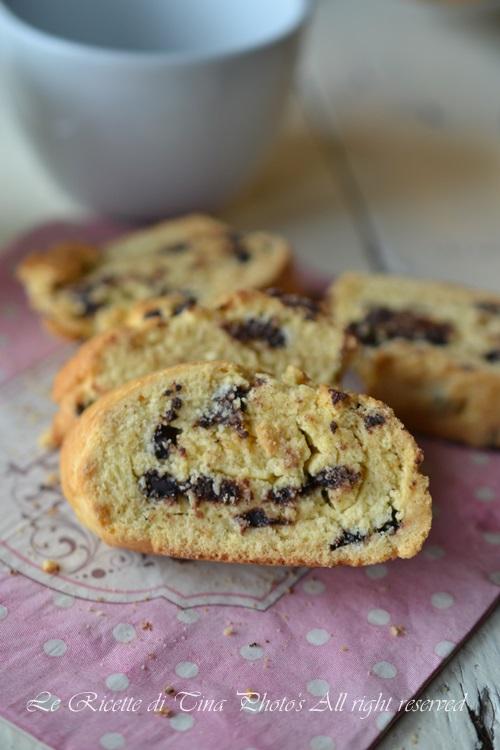 biscotti,biscotti ripieni,biscotti al cioccolato,biscotti farciti,ricette per colazione,ricette per bambini,le ricette di tina,