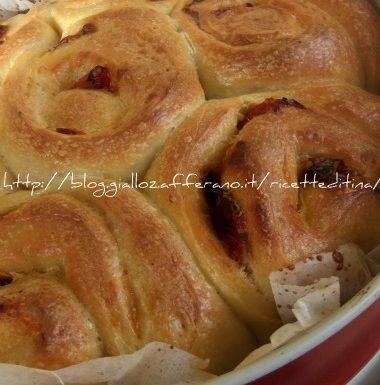 Torta di rose ai peperoni