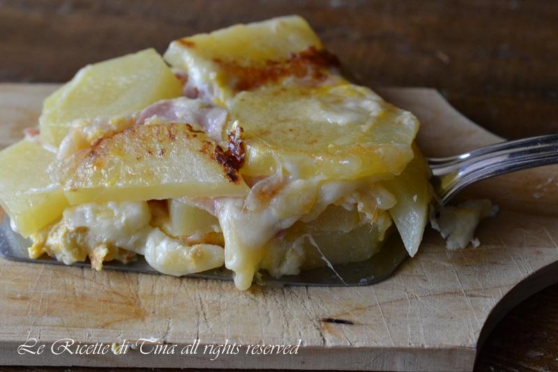 tortino di patate,patate al forno,patate farcite al forno,le ricette di tina,